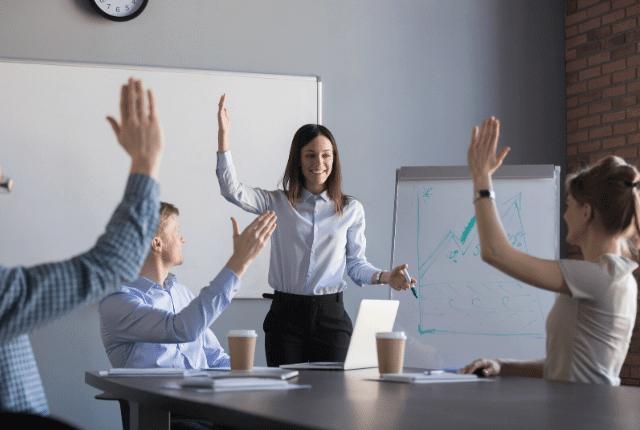 איך להכשיר עובדים, כנס פנים ארגוני, הרצאה וקורסי לימוד