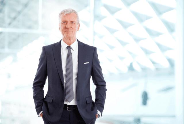 פיתוח מנהלים, סמכותיות