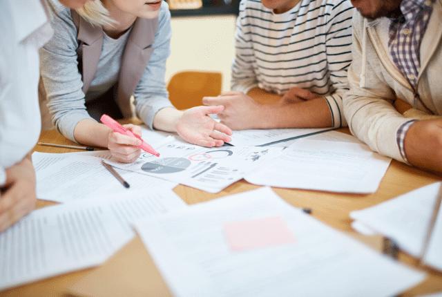 יועץ פיתוח ארגוני, ייעוץ, אנליסט