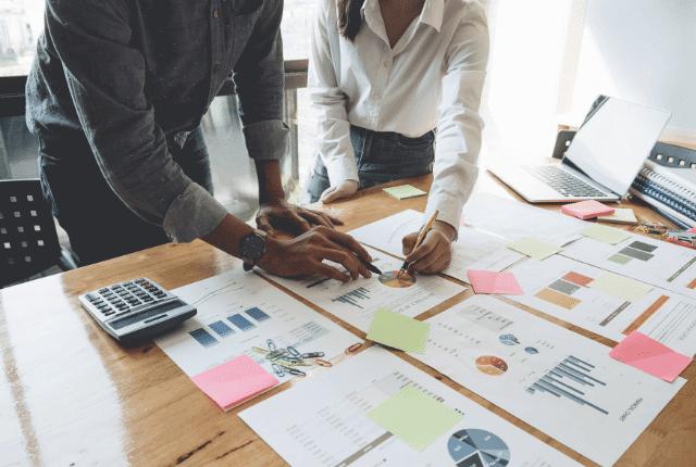בניית תוכנית עסקית לעסקים