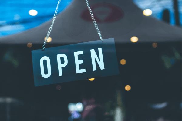 פתוח (open)