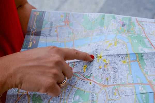תיירות, מפה, ניווט